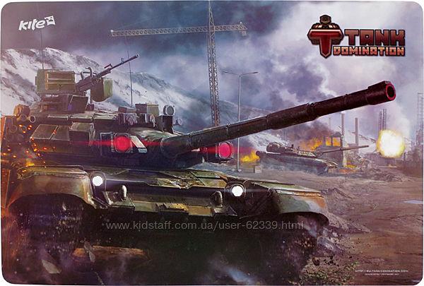 Пластиковая настольная подложка Tanks Kite TD15-207K 42,5х29 см