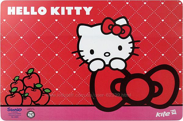 Пластиковая настольная подложка Hello Kitty Kite HK14-207K 43х29 см.