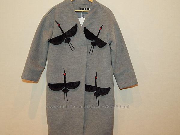Пальто с аппликацией фасон кокон размер m-l
