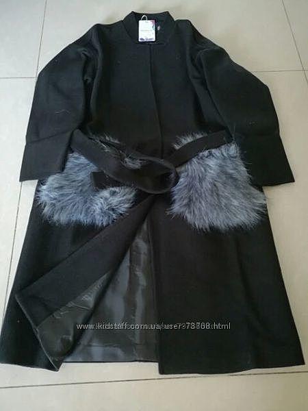 Деми пальто оверсайз бойфренд с меховыми карманами черное батал