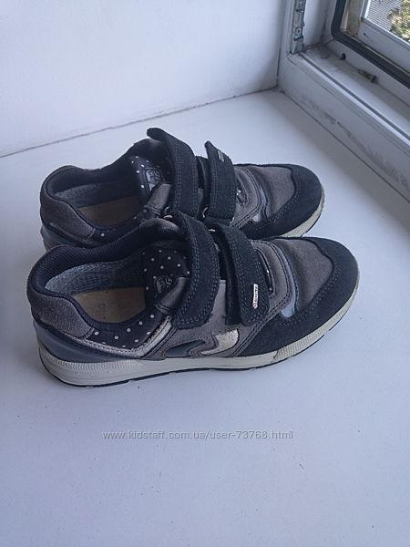 Кроссовки-туфли-демисезонные ботиночки Primigi размер 34.
