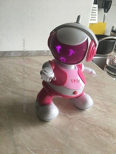 Робот Tosy, состояние отличное. Все работает.