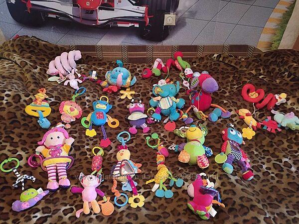 Подвесные игрушки на коляску, кроватку