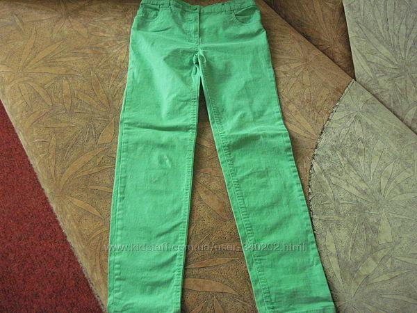 Салатовые джинсы 11-12л. Nutmeg. Вельветовые штаны 11-13л. Here & There