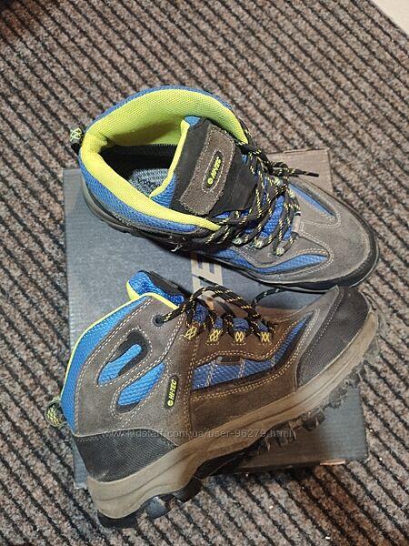 Ботинки  hi-tec на подростка в идеальном состоянии рр39