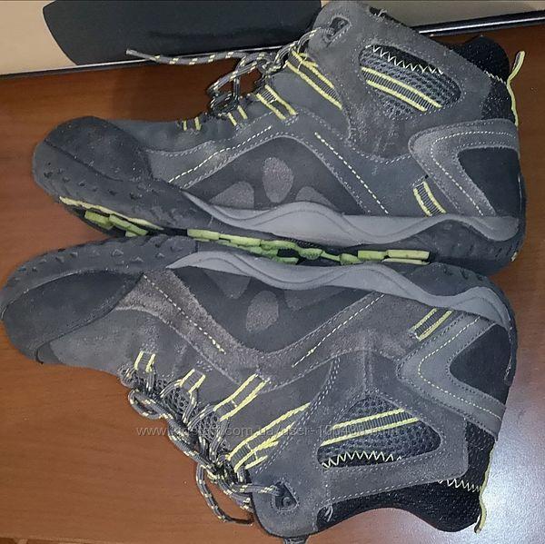 Ботинки кроссовки HI-TEC EU 38.5