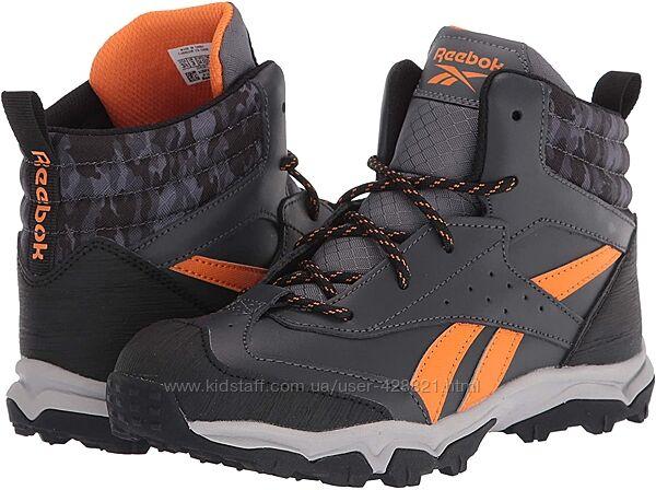 Демисезонные ботинки Reebok. Оригинал. Новые