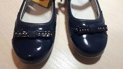 Продам туфли фламинго 34 размера