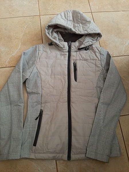 Демисезонная женская куртка FREEVER