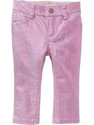 яркие джинсы на весну-лето