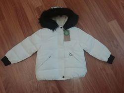 Зимняя теплая белая куртка C&A на девочку, рост 122,128