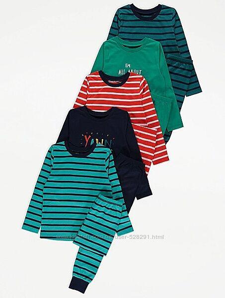 Пижамы George на 3 - 4 года.