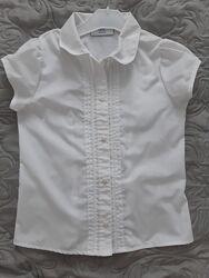 Шкільна блуза NEXT на 7-9 років