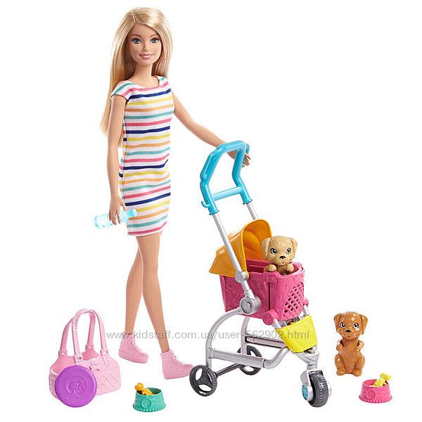 Barbie Ігровий набір Barbie Stroll n Play Pups з лялькою Barbie, 2 цуценят