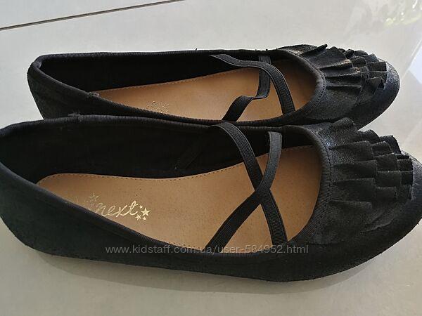 Черные туфли NEXT 37р б/у