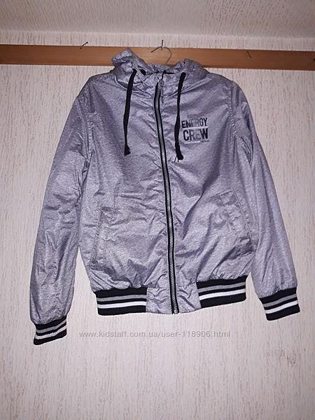 OSTIN  Деми куртка на мальчика р146