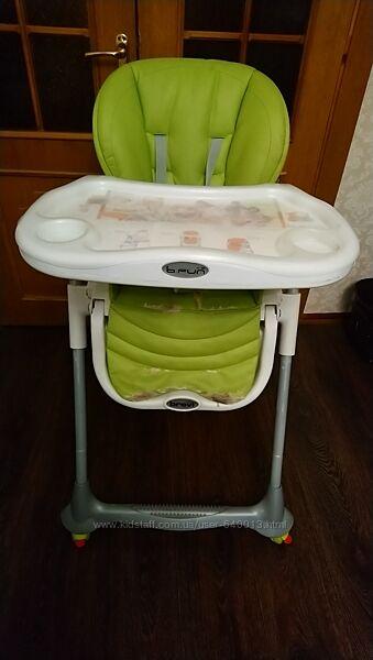 Продам стульчик для кормление Brevi Италия с рождения