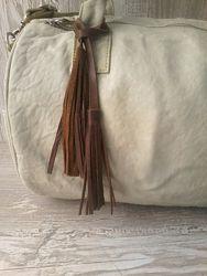 Кожаный брелок - подвеска на сумку/рюкзак кожа/замша