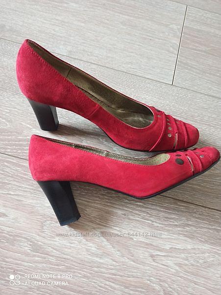 Туфли женские Stillo натуральный замш кожа р 38, стелька 24- 25 см