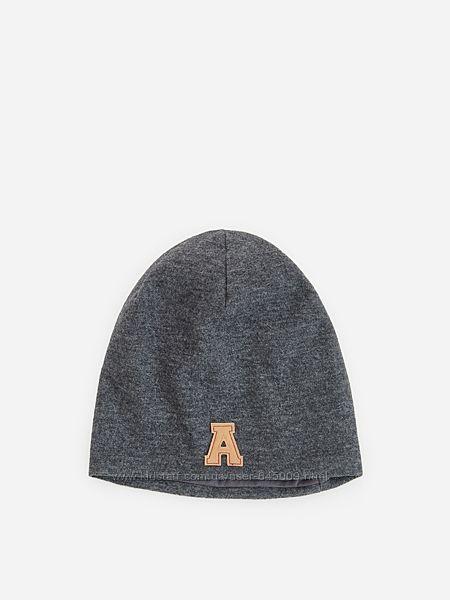 Демисезонная шапка Reserved размер 54, 56