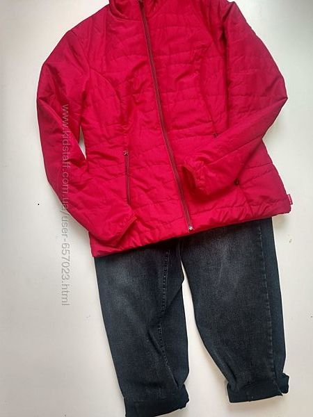 Крутая деми куртка decathlon