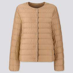 Куртка Uniqlo пуховик ультра лайт разные цвета формируется V образный вырез