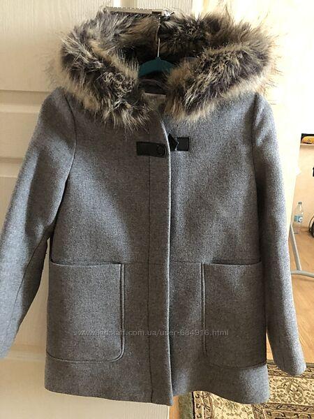 Пальто для дівчинки на 9-10 років