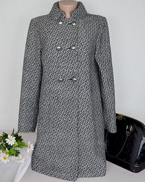 Пальто с металическими пуговицами и карманами h&m,  шерсть этикетка