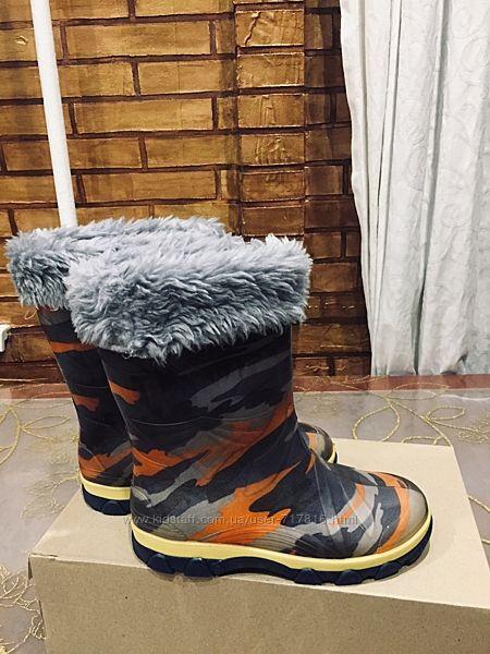 Силиконовые сапожки от Litma сапожки с тёплым съёмным носком 34 размер.