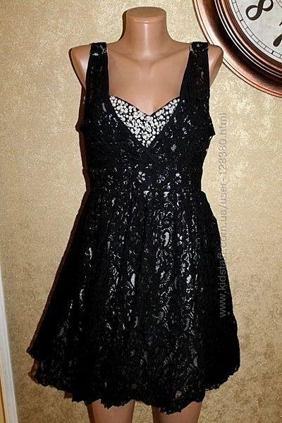 46 eur Quiz. Шикарное кружевное платье