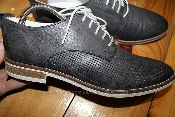 41 разм. Стильные туфли от Roberto Santi. Кожа снаружи и внутри. Длина по в