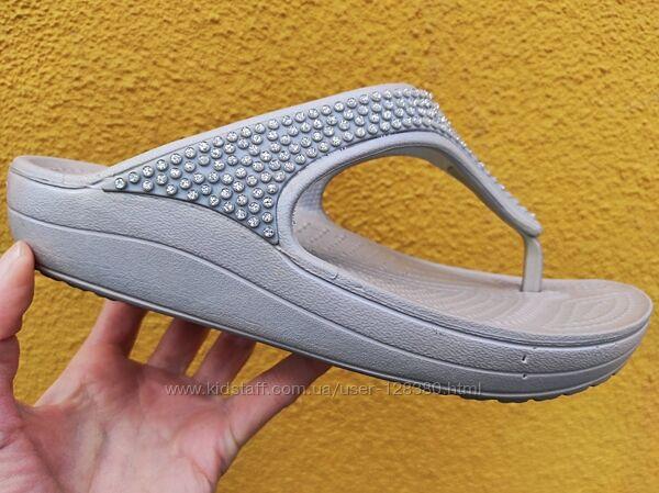 38 разм. W7 Crocs шлепки. Made in Mexico. Оригинал
