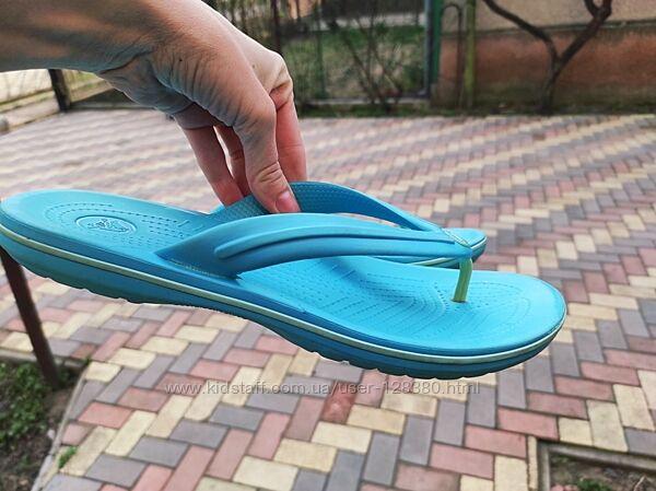 42 разм. M9 W11 Crocs шлепки голубые, очень красивые