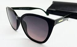 Стильные солнцезащитные очки  поляризованые бабочки зеленые дужки