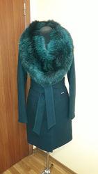 Стильное пальто со съемным мехом