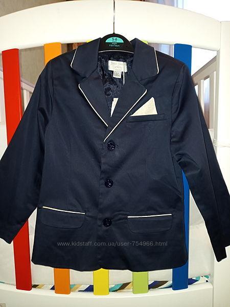 Новый стильный пиджак Chicco