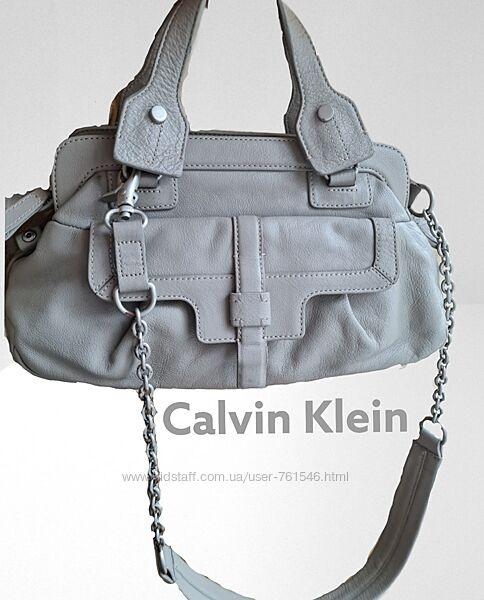 Calvin klein маленькая вместительная сумка