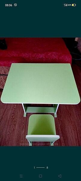 Парта, стол для занятий