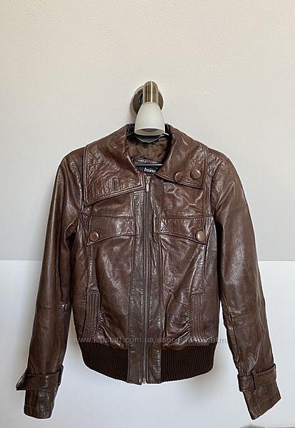 Женская куртка бомбер натуральная кожа коричневая 36 размер