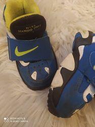 Фирменные кроссовки  Nike original для мальчика