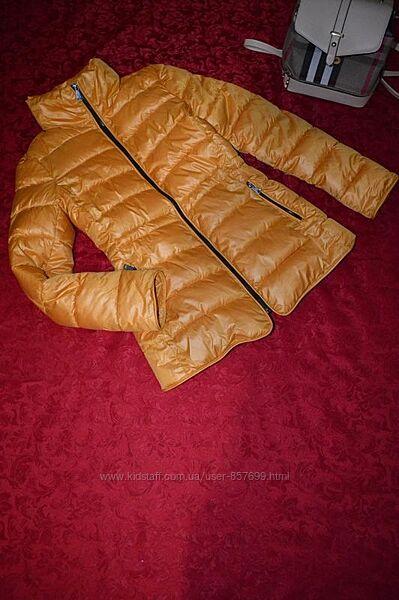 Очень крутая женская куртка состояние как новое размер м низеая цена 590