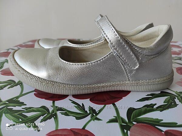 Кожаные туфельки Primigi в р.30 стелька 19.6см
