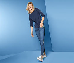 Стильные джинсы Gallon с полоской сбоку от tcm Tchibo чибо, Германия, S-M