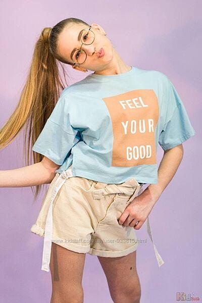 Стильная футболка нежно голубого цвета с принтом Feel your good для девочки Marions