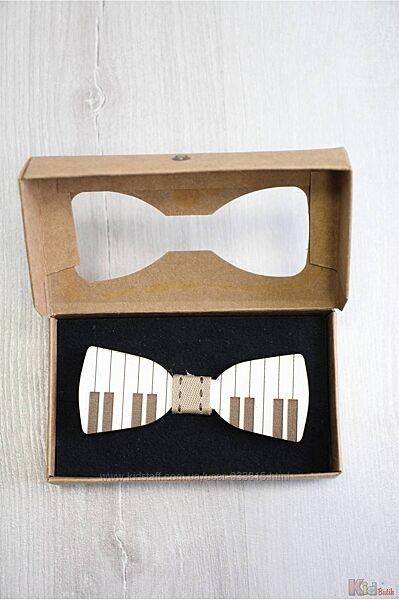 Бабочка деревянная в коробке Пианино Nekibuki