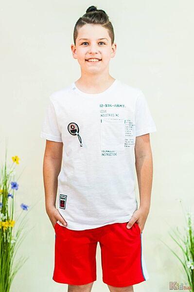 Футболка белого цвета с надписями Mackays