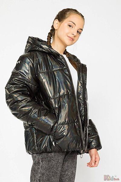 Куртка стильного фасона для девочки Reporter Young
