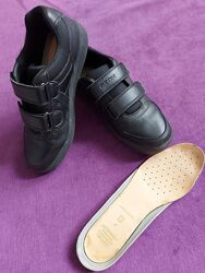 Продам туфли geox . Б/У.