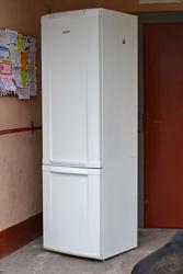 2-х камерный холодильник Electrolux ERB40003W8, высота 2 метра