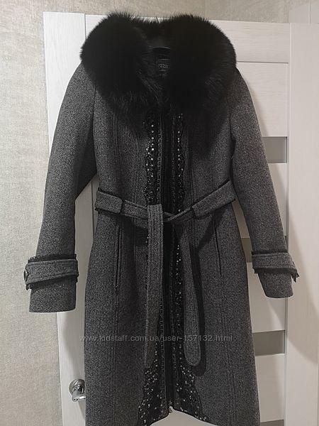 Продам женское пальто Raslov зима